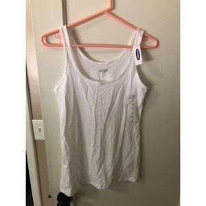 NEVER WORN white tank from Old Navy